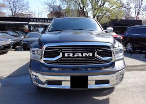 Dodge Ram 1500 HEMI 5.7i LIMITED